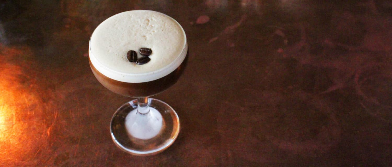 thesuntavern-poitin-bar-in-london-Poitin-Espresso Martini-bethnalgreen-edit-small-crop-08.2